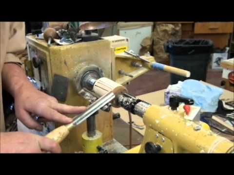 WOODTURNING ON THE LATHE:  SPINDLE ROUGHING GOUGE