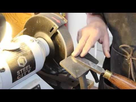 FUNdamentals of Woodturning: Sharpen a Scraper
