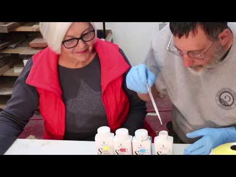Coloring a Box Elder Pot with Cheryle: the wyomingwoodturner